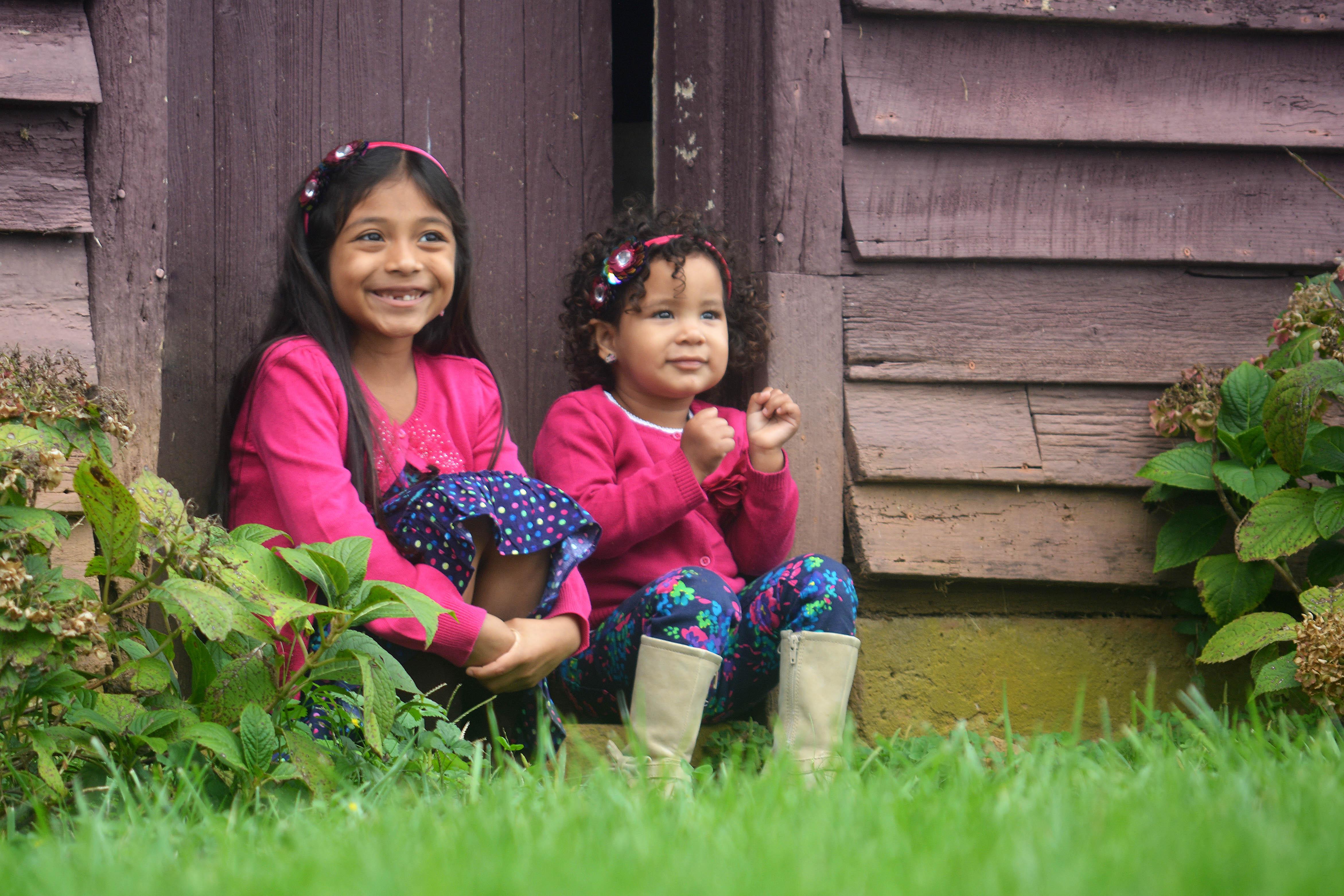 Sisters Siblings Fall